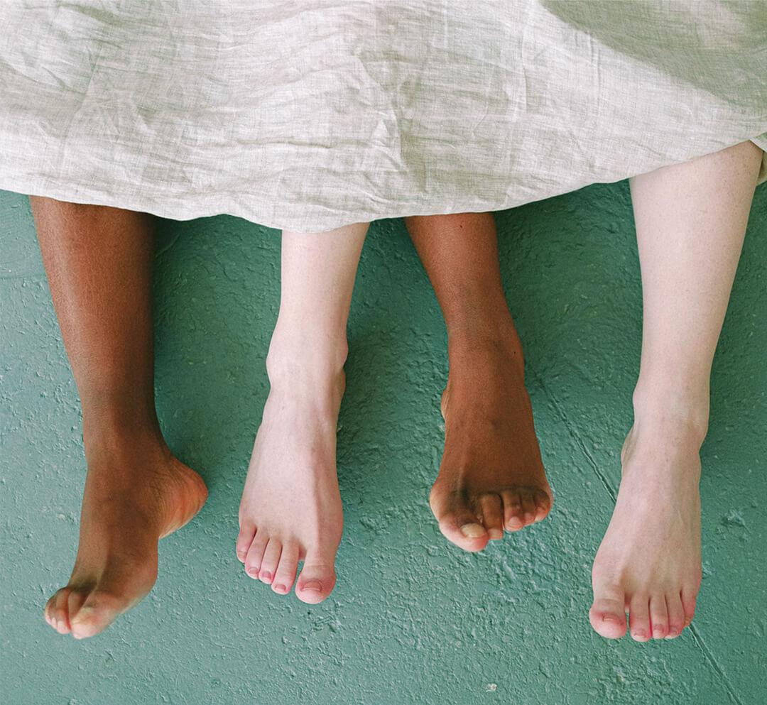 foto articolo trattamento piedi per l'estate