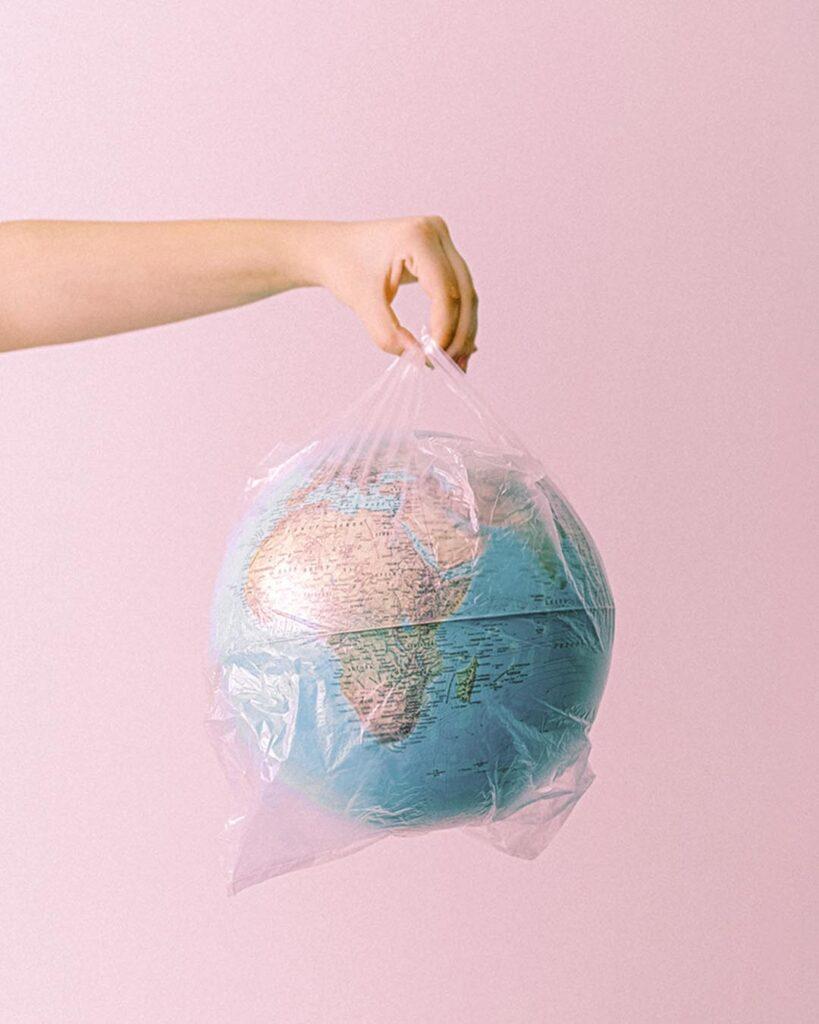 Antropocentrica - l'era della plastica